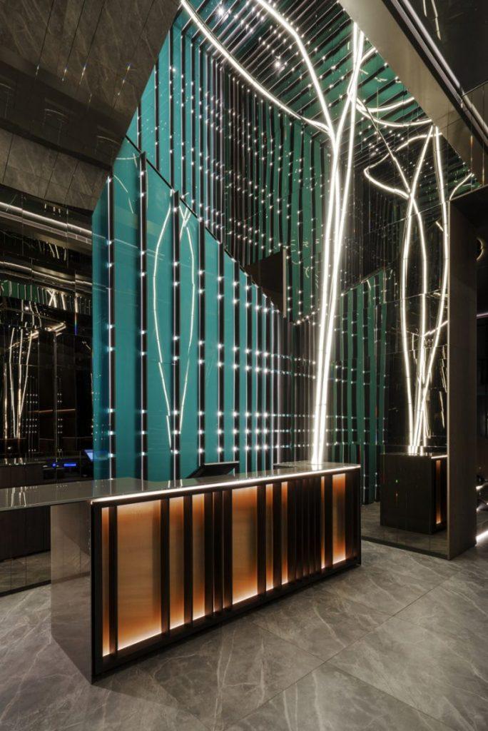 Maurizio Lai's Latest Restaurant Design Project Has a Touch of Fusion maurizio lai Maurizio Lai's Latest Restaurant Design Project Has a Touch of Fusion 6 1 scaled