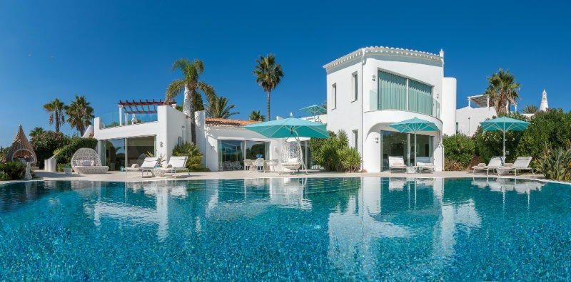 Vila Vita Hotel The Ideal Luxury Getaway in The Algarve 79 vila vita Vila Vita Hotel: The Ideal Luxury Getaway in The Algarve Vila Vita Hotel The Ideal Luxury Getaway in The Algarve 81