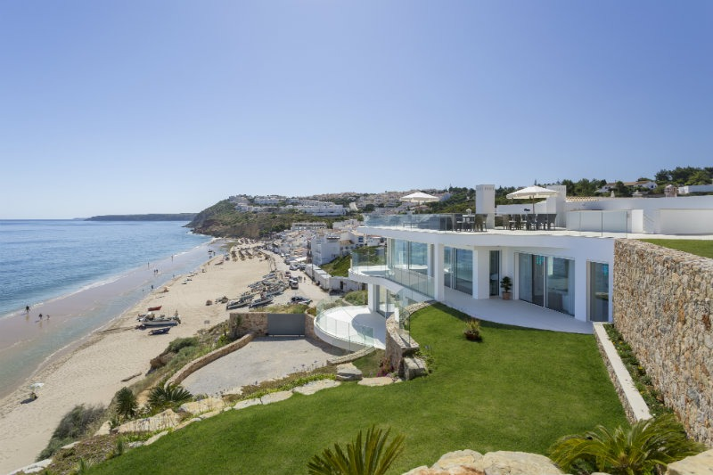 vila vita Vila Vita Hotel: The Ideal Luxury Getaway in The Algarve Vila Vita Hotel The Ideal Luxury Getaway in The Algarve1 5