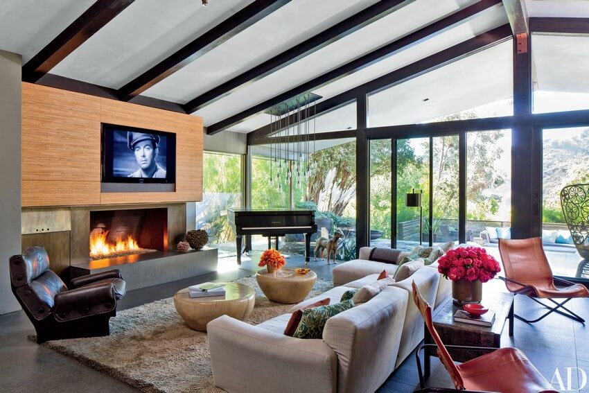 House Tour the indoor outdoor living of John Legend & Chrissy Teigen (9) indoor outdoor living House Tour: the indoor outdoor living of John Legend & Chrissy Teigen House Tour the indoor outdoor living of John Legend Chrissy Teigen 3