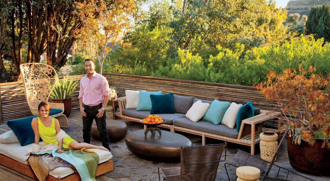 House Tour the indoor outdoor living of John Legend & Chrissy Teigen (9) indoor outdoor living House Tour: the indoor outdoor living of John Legend & Chrissy Teigen House Tour the indoor outdoor living of John Legend Chrissy Teigen 9 1140x624
