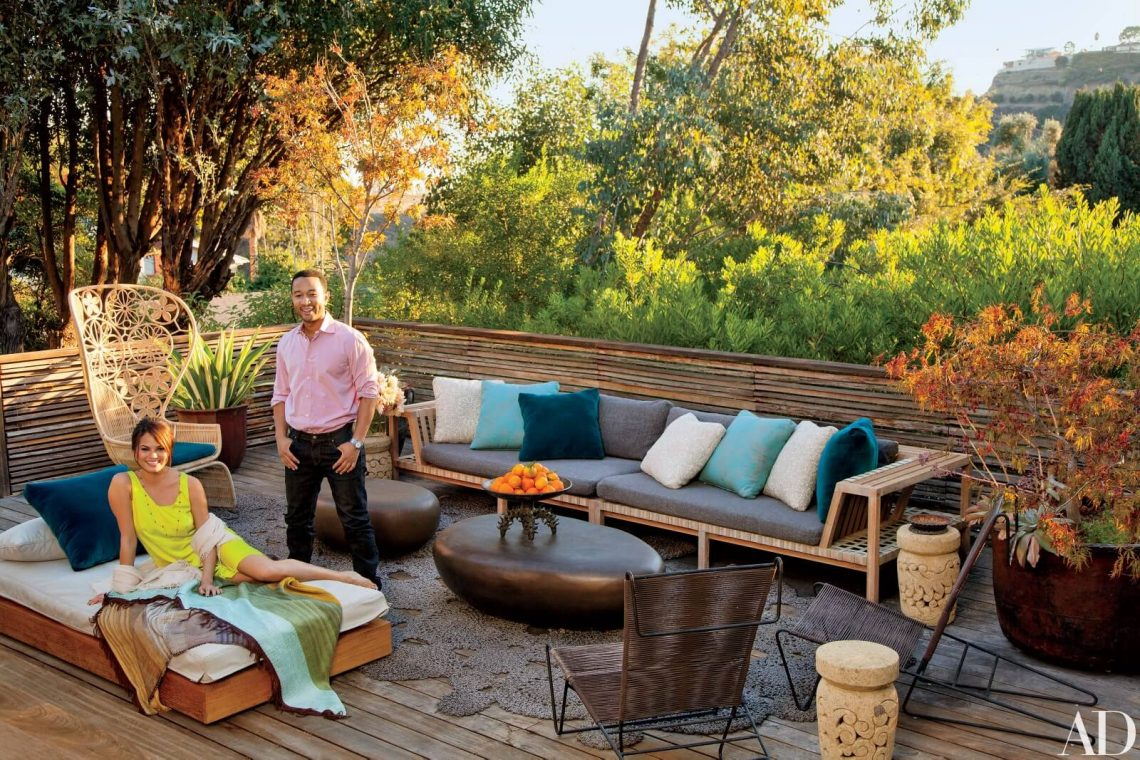 House Tour the indoor outdoor living of John Legend & Chrissy Teigen (9) indoor outdoor living House Tour: the indoor outdoor living of John Legend & Chrissy Teigen House Tour the indoor outdoor living of John Legend Chrissy Teigen 9 scaled