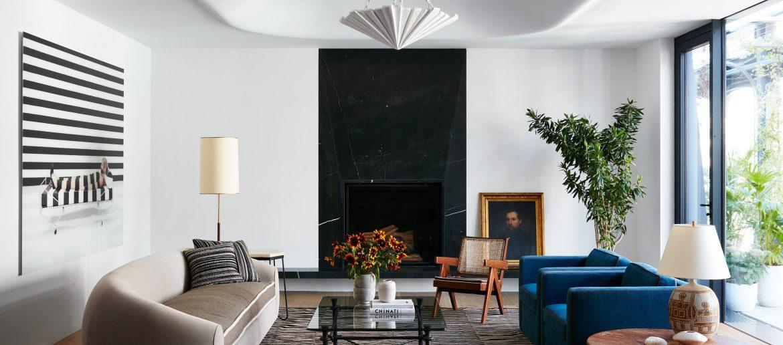 neal beckstedt studio Discover The Best Design Projects By Neal Beckstedt Studio atico soho xoco neal beckstedt salon sofa curvo butacas azules 1584025251 1170x516